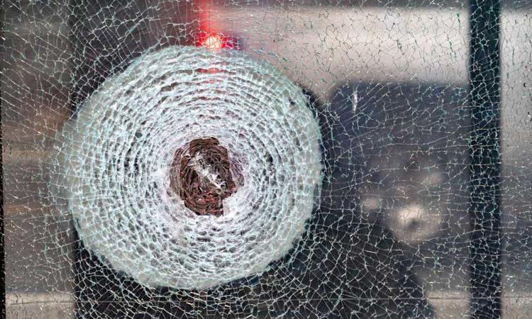 Splitterschutzfolien machen Einbrechern das Leben schwerer