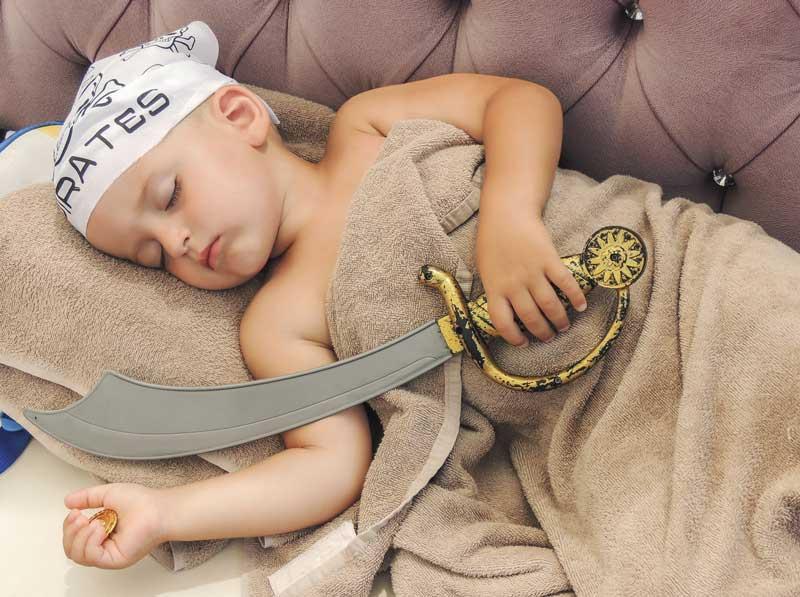 Piratenbett für Kinder